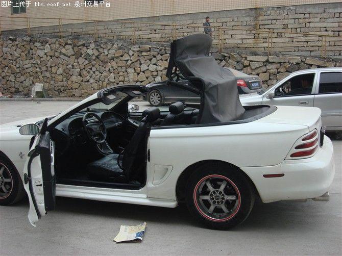 出售福特野马敞篷跑车高清图片